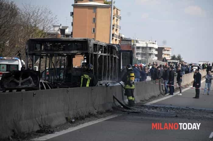 Incendio autobus San Donato 6-2