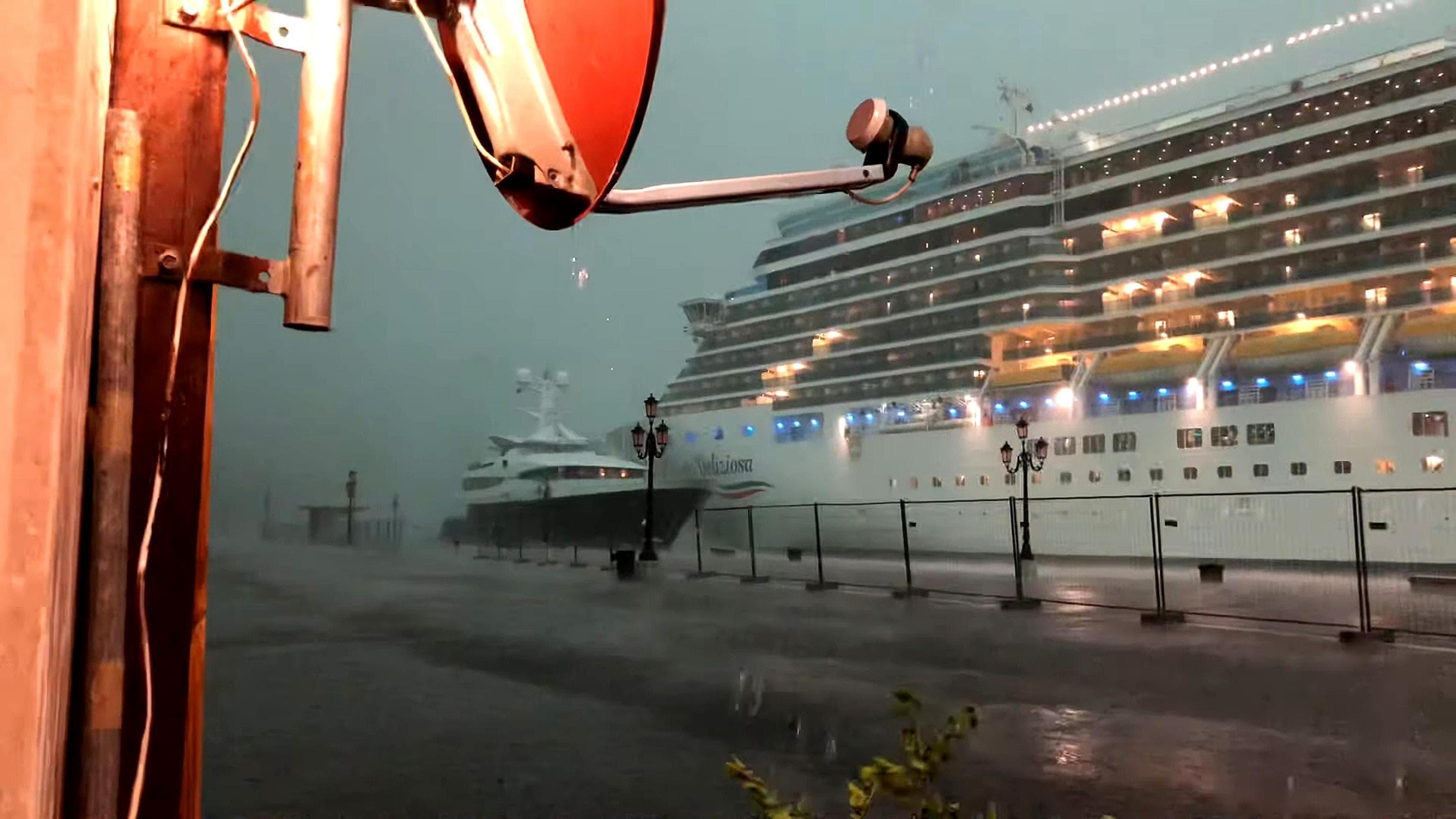 nave venezia ansa2-2