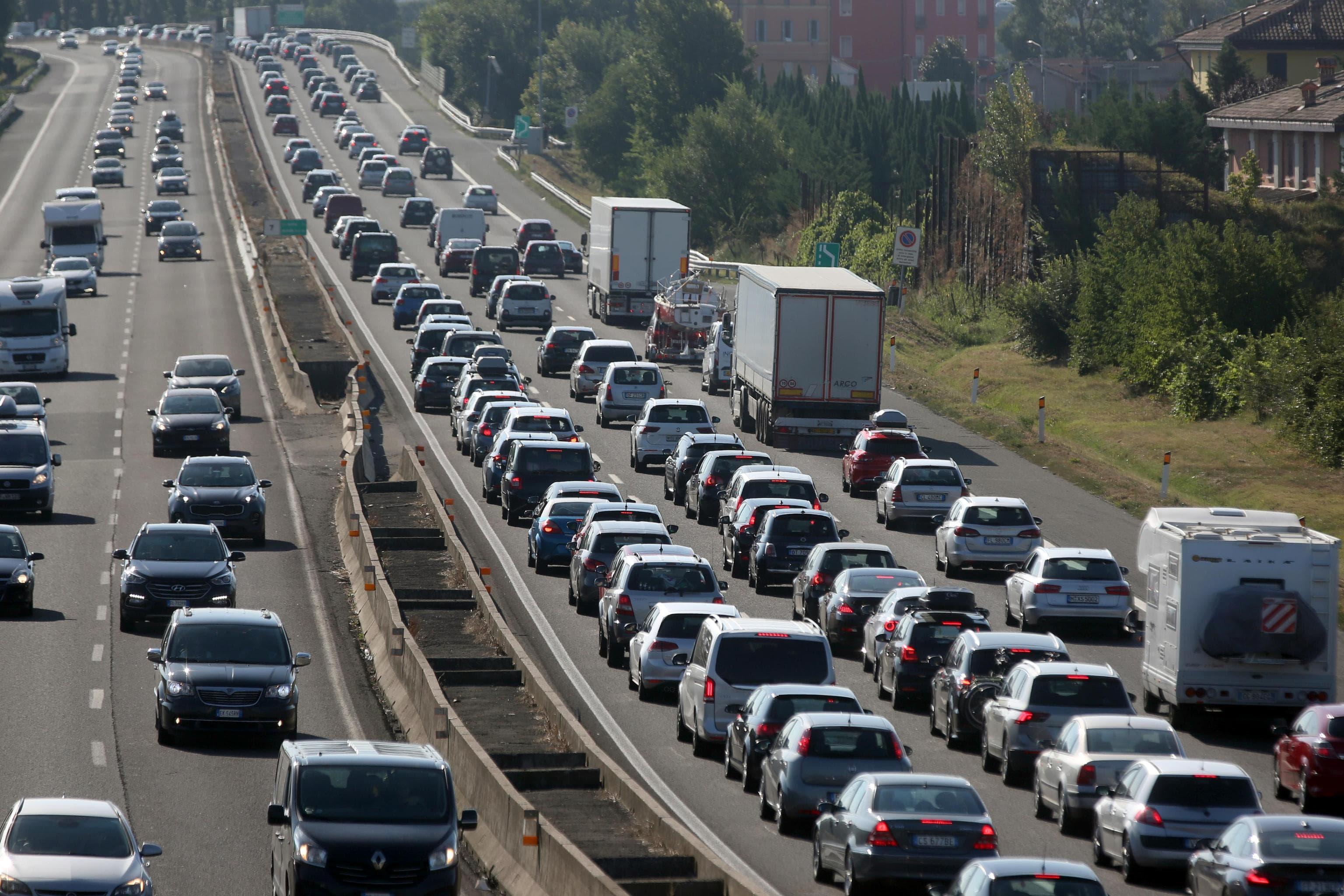 traffico-autostrada-ansa-4-2