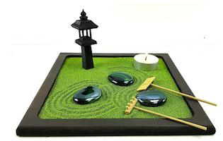 Giardino zen con sabbia colorata-2