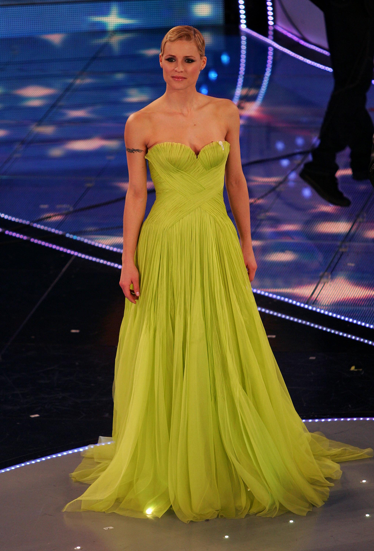 outlet store 78b3d ea25d I vestiti più belli del Festival di Sanremo