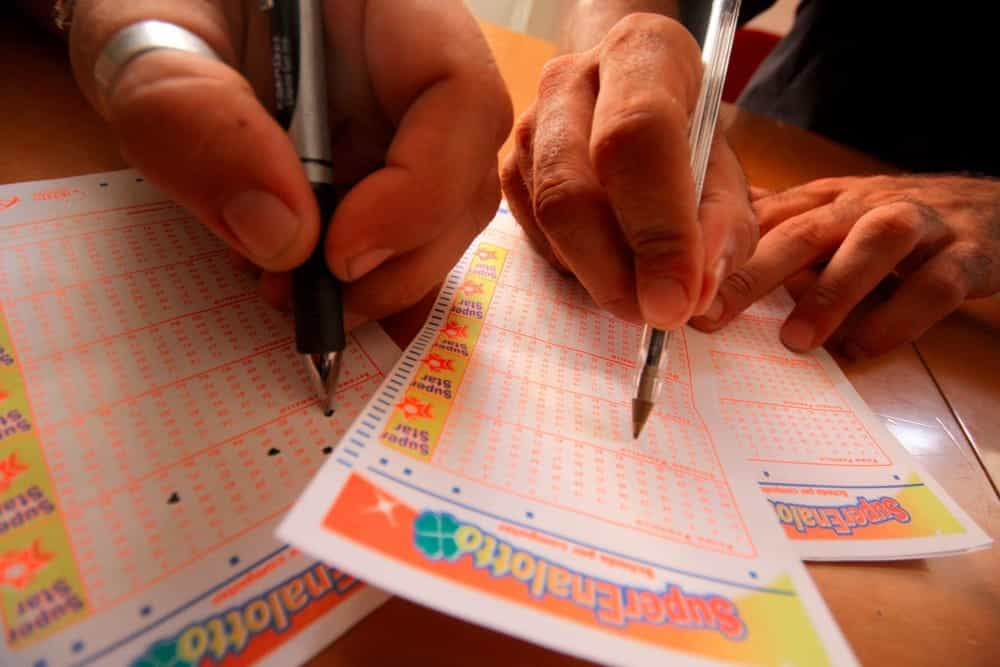 superenalotto-lotto-10elotto-estrazione-19-ottobre-2019-numeri-vincenti-2