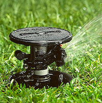Irrigatore con rotazione