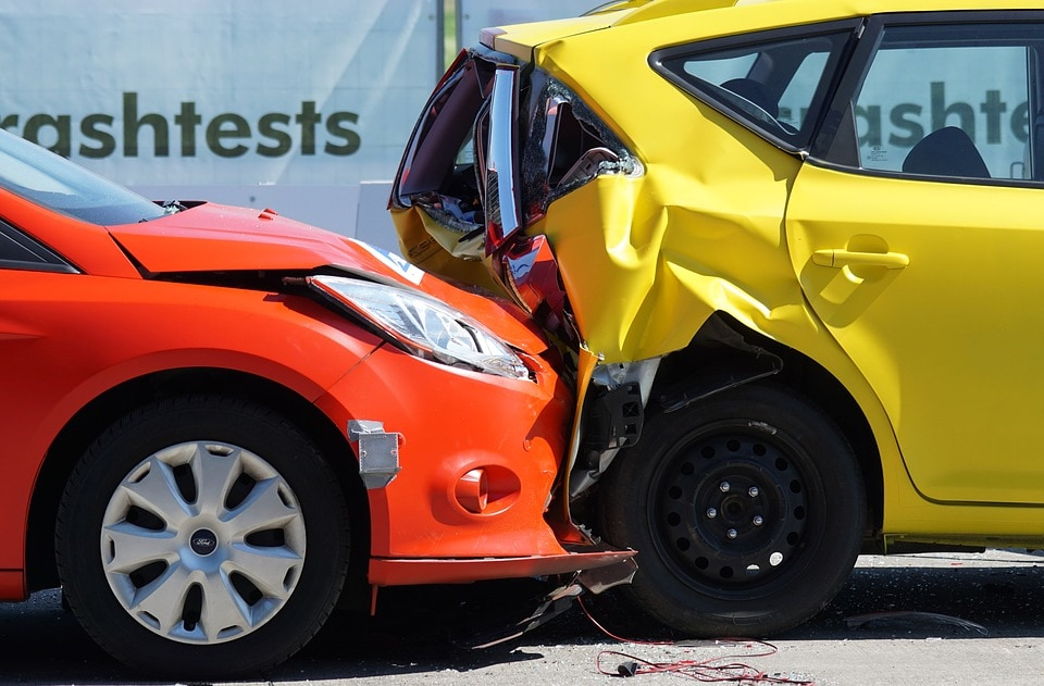 incidente, il crash test a 60 km all'ora Foto pixabay-2