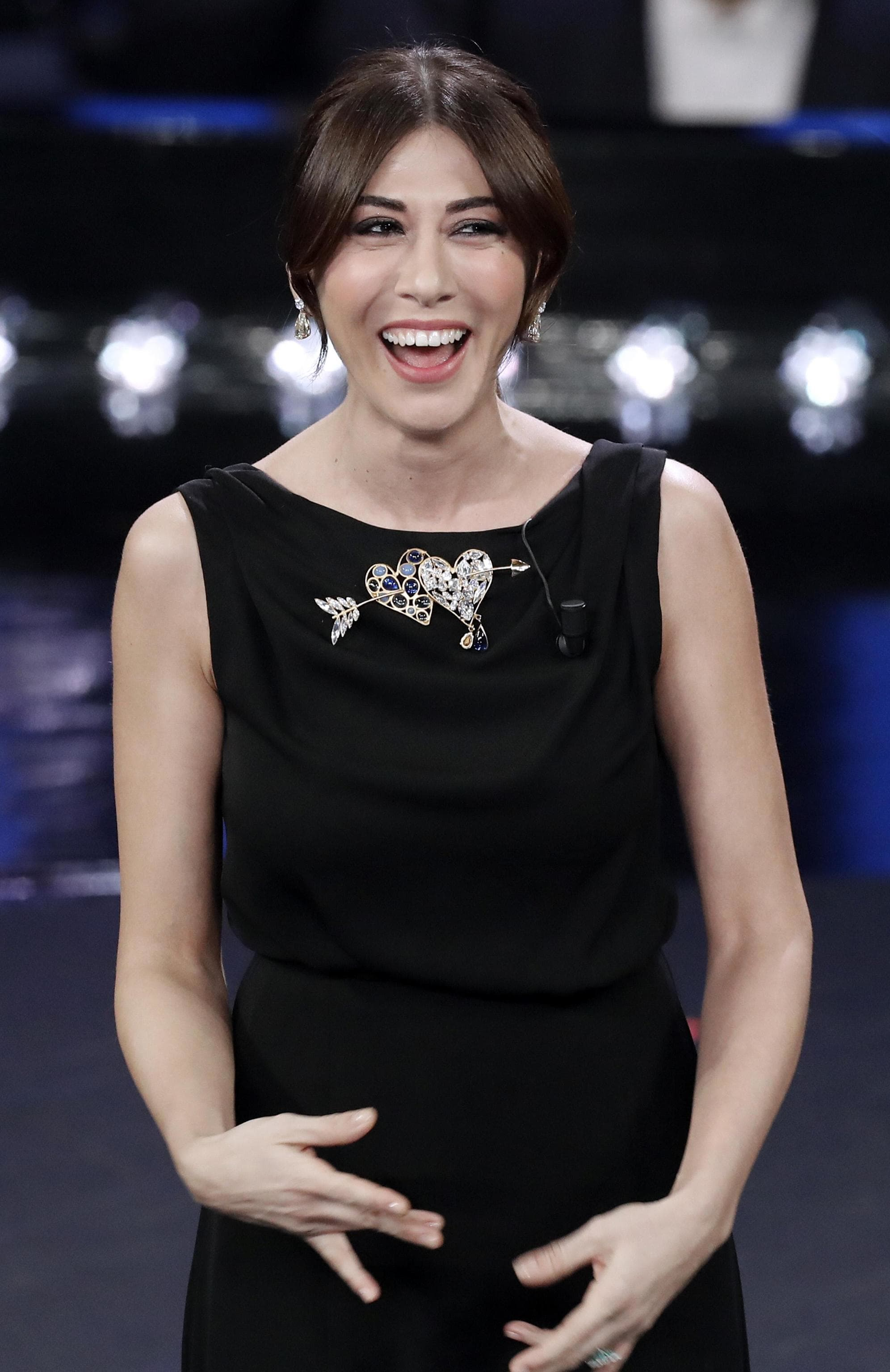 Sanremo 2019 | Virginia Raffaele | vestiti stilisti