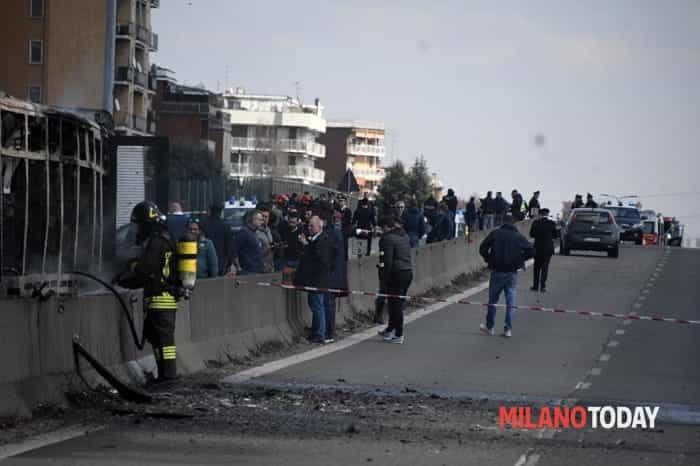 Incendio autobus San Donato 4-2