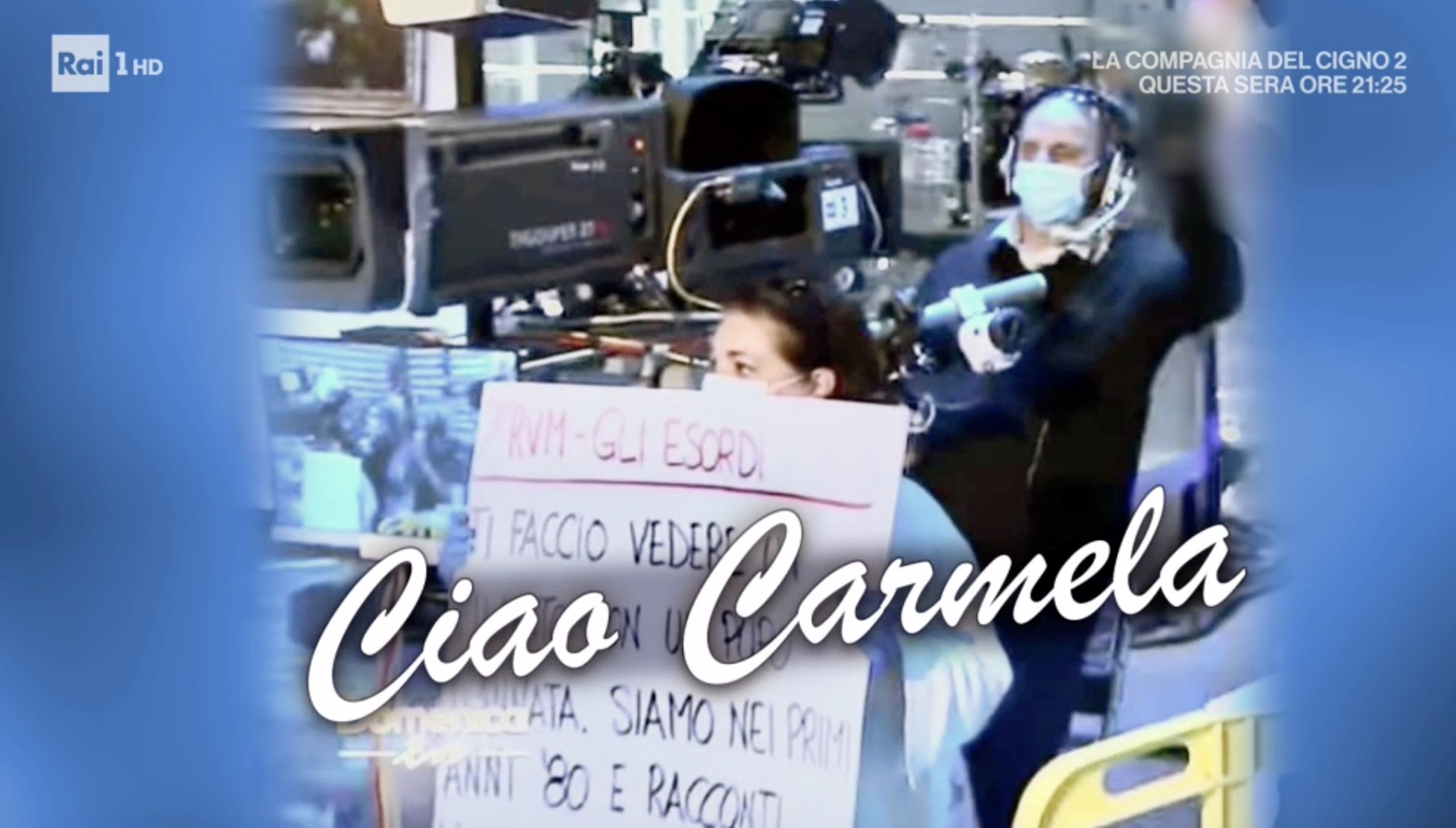Mara Venier in lacrime per la morte della collaboratrice Carmela, malata di  Covid