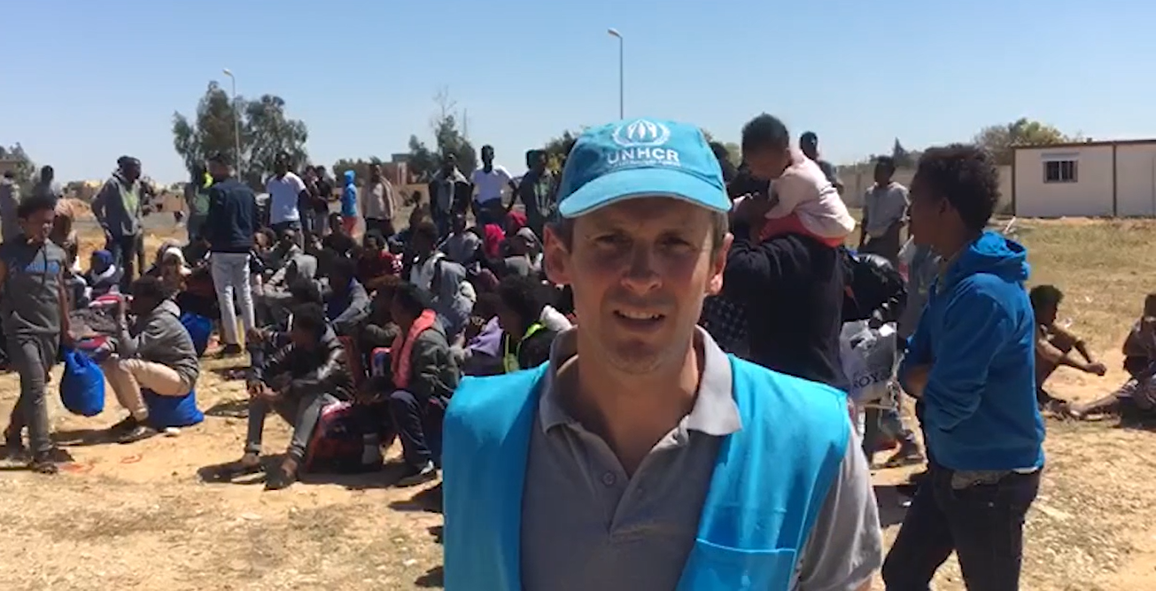libia salvataggio dei migranti mentre infuria la guerra-2