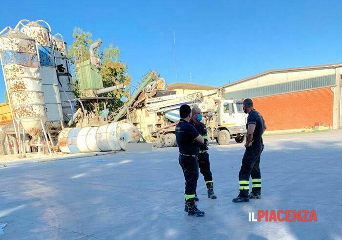 Ucciso dal crollo di un silos (1)-2