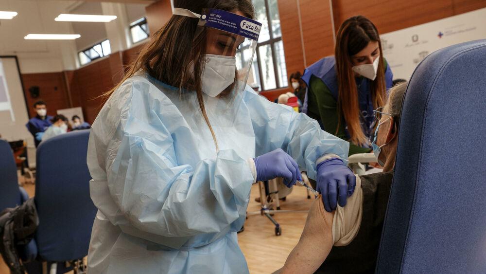 Coronavirus, il bollettino di oggi 11 aprile: 15.746 nuovi casi e 331 morti. I contagi regione per regione