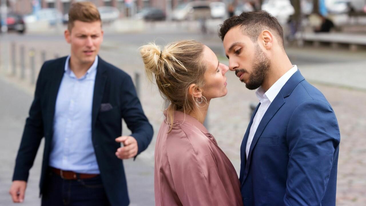 """""""Mio marito ha voluto una relazione aperta. Poi però mi sono innamorata io di un altro"""""""