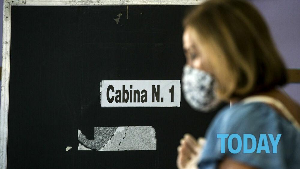 """La legge per il voto ai fuori sede: così circa 2 milioni di italiani alle urne per le """"elezioni anti Covid"""""""