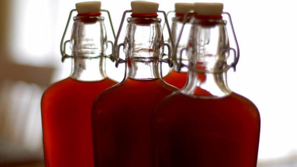 Liquori prodotti con gel igienizzanti: 20 indagati