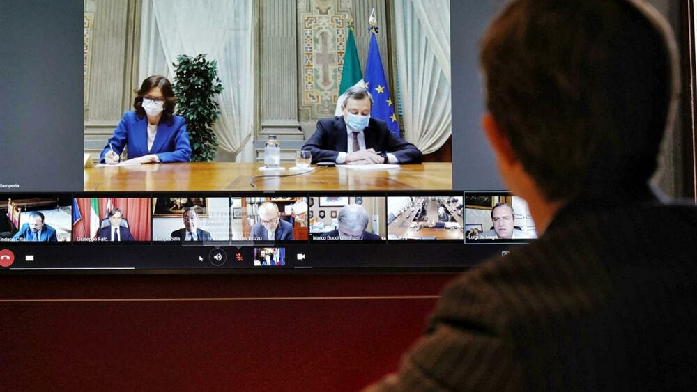 Il Governo approva il nuovo decreto Covid: resta il coprifuoco, strappo di Salvini