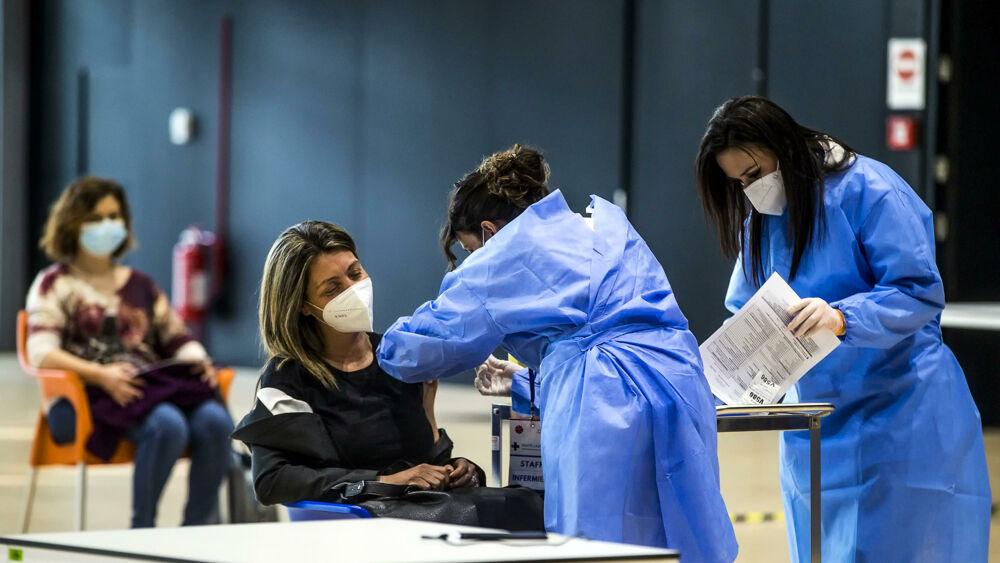 Il bollettino coronavirus di oggi 28 febbraio 2021 con i nuovi casi covid regione per regione