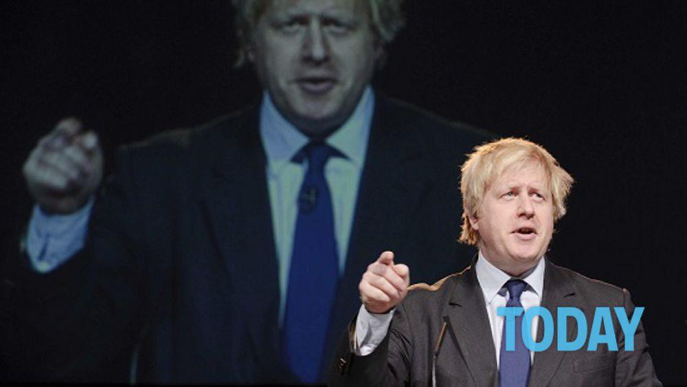 """Il successo del metodo di Boris Johnson della """"singola dose di vaccino per tutti"""""""