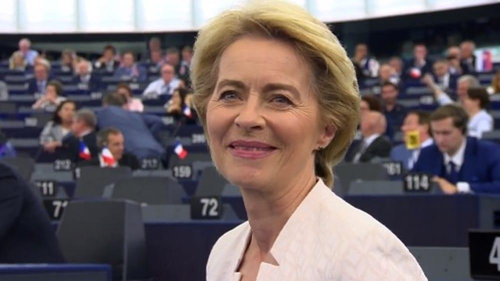 Von Der Leyen eletta presidente della Commissione UE , M5S decisivo, no della Lega.