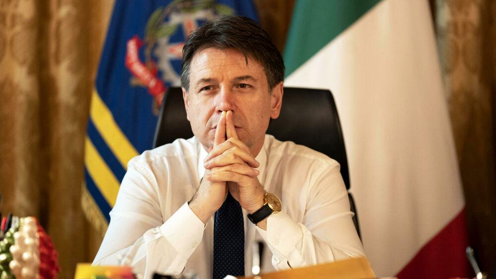 """È nato il gruppo dei """"contiani"""" a stampella del nuovo governo"""
