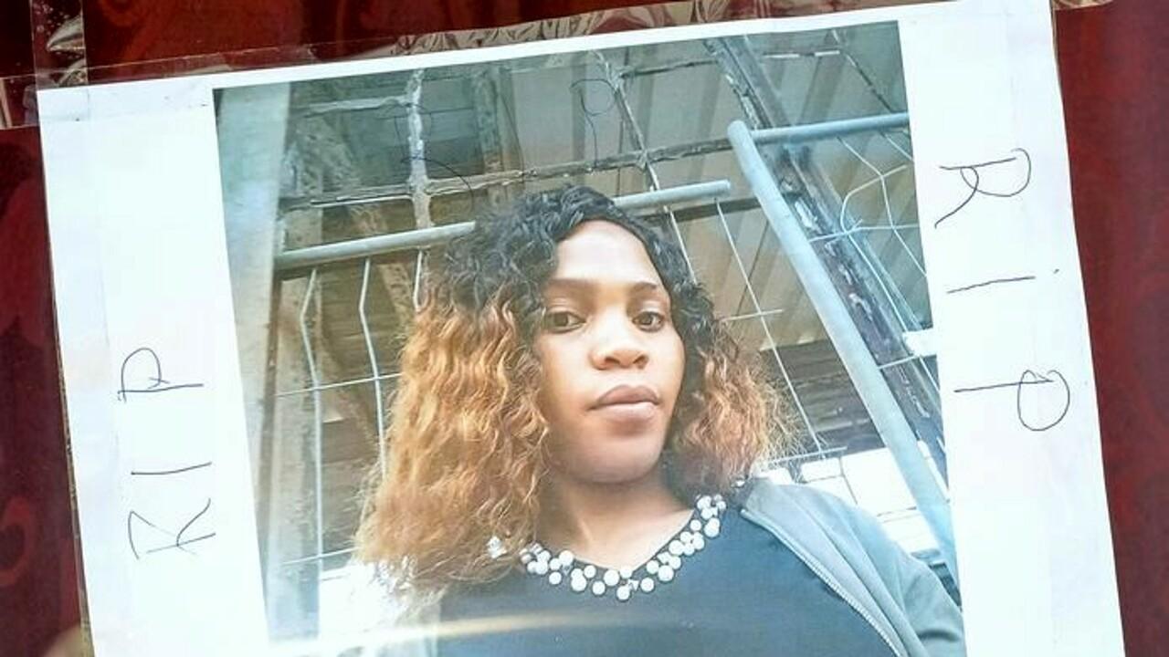 Prostituta uccisa a 24 anni: Bruxelles le dedica una strada nel quartiere a luci rosse