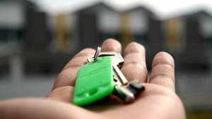 Casa in affitto: quali spese spettano al proprietario e quali no