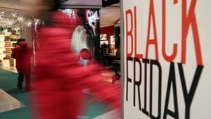 Shopping natalizio? Black Friday e Cyber Monday a novembre sono sempre più gettonati