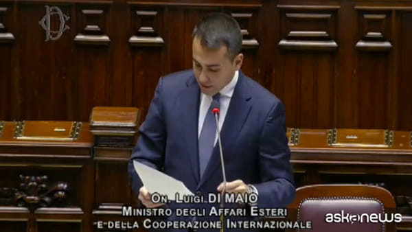 Covid, Di Maio: rimpatriati 79mila italiani bloccati all'estero