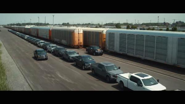 VIDEO | Ford: un F-150 completamente elettrico con capacità di traino sorprendenti