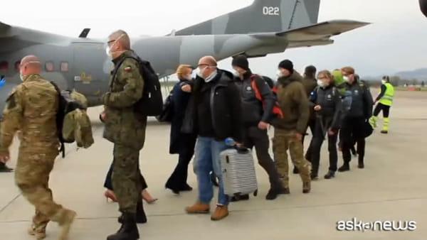 Coronavirus, arrivati 15 medici polacchi, operativi a Brescia