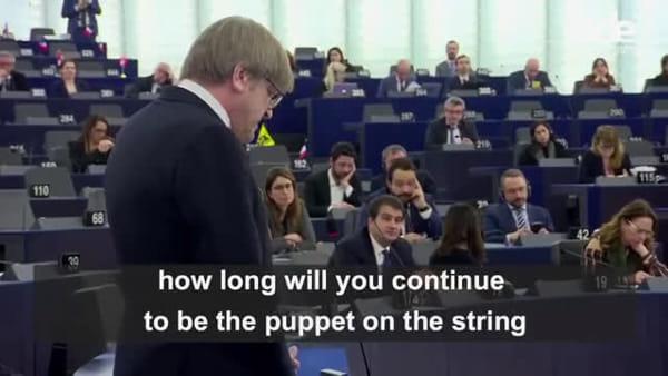 """Verhofstadt attacca Conte: """"Burattino di Salvini e Di Maio"""""""