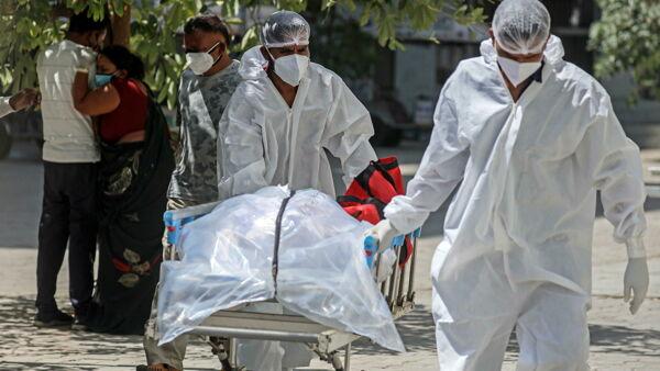 La pandemia era evitabile: tre milioni di morti per un mese di ritardo e governi impreparati