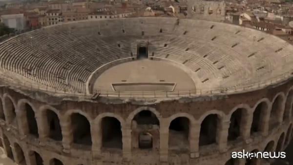 Vittorio Grigolo all'Arena di Verona canta l'Inno di Mameli