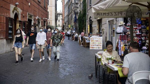 """L'Italia sulla lista nera degli Usa: """"Viaggi sconsigliati per Covid e terrorismo"""""""