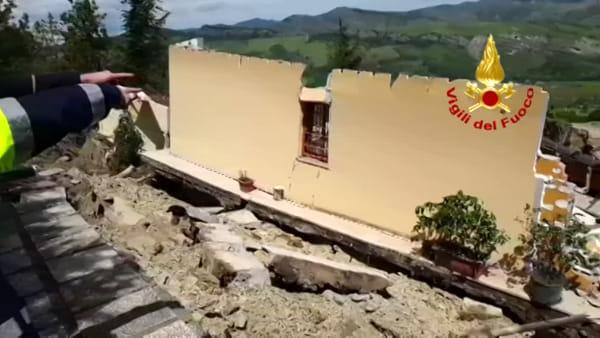 Maltempo, nel Bolognese case travolte dal fango: residenti evacuati