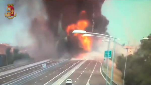 Esplosione a Bologna: le immagini del drammatico incidente in A14