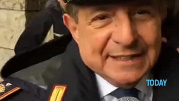 """Formula E, Giancarlo Magalli vigile: """"In divisa per le grandi occasioni"""""""