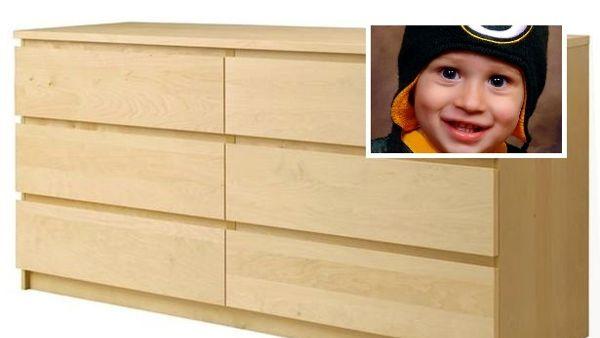 Cassettiere Malm Di Ikea.Bimbo Di Due Anni Ucciso Da Una Cassettiera Ikea Paghera