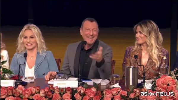 Sanremo, bufera sull'uscita di Amadeus su Francesca Sofia Novello