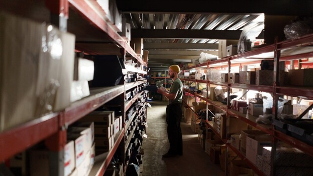 Amazon: in provincia di Bergamo si ricercano urgentemente magazzinieri