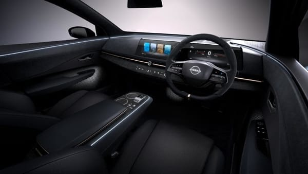 nissan-display-2