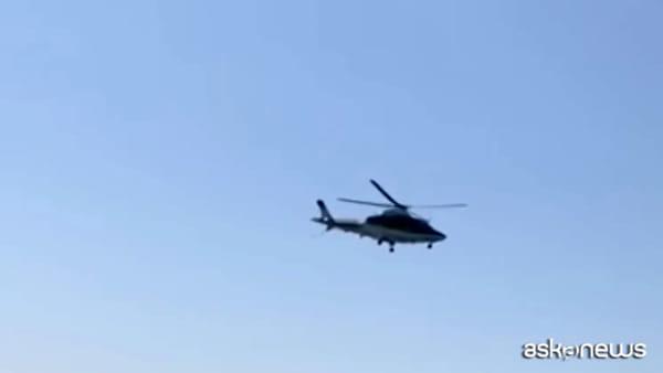 Coronavirus, Salerno: elicottero CC allontana persone in spiaggia