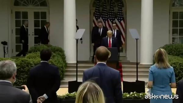 Coronavirus, Trump interrompe ogni rapporto con l'Oms
