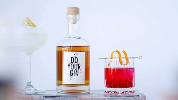 Do Your Gin, il set per realizzare il gin a casa tua