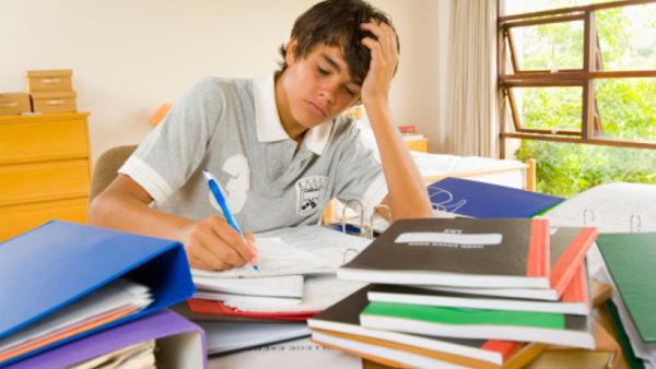 Compiti per le vacanze, come affrontarli