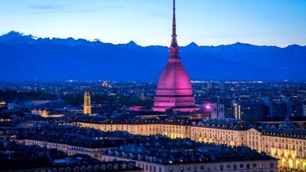Il Giro d'Italia parte da Torino: oggi il cronoprologo lungo il Po