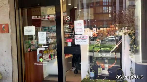 Coronavirus, ecco il mercato nero delle mascherine a Milano