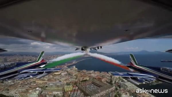 #AbbraccioTricolore giorno 4, le Frecce arrivano a Napoli