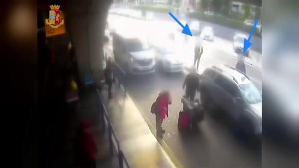 Tassita rompe il naso ad un cliente che aveva chiestol'uso del tassametro