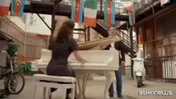 Coronavirus, Azerbaigian a fianco dell'Italia: All'alba vincerò!