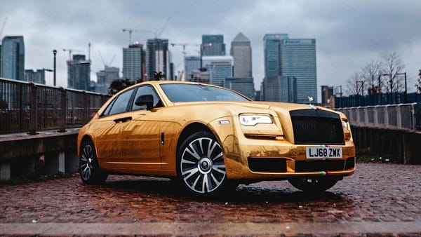 https___blogs-images.forbes.com_lelalondon_files_2018_11_gold-supercar-2