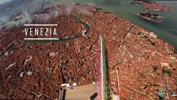 Il volo delle Frecce Tricolori su 21 città d'Italia